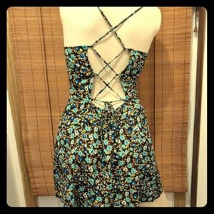 Volcom floral summer dress buttons up. Size MEDIUM